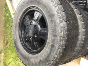 """Chevrolet canyon OEM 15""""  rims with tires"""