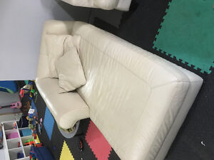 Chaise / 2 chairs for sale Strathcona County Edmonton Area image 3