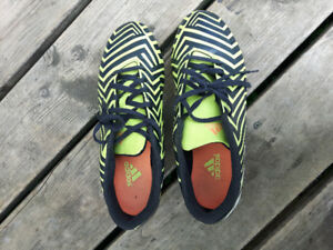 Addidas cleats size 9