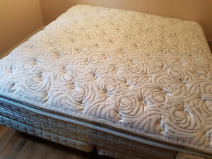 Serta Perfect Sleeper king Size West Island Greater Montréal image 3