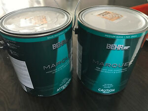 BEHR Marquee Paint - Gotham Gray Color - 2 galons