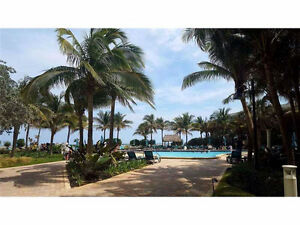 Beach Front Condo Hollywood/Miami/Hallandale