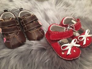 2 pairs of BRAND NEW baby shoes for 10$!!