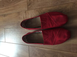 Red TOMS size 9 worn once