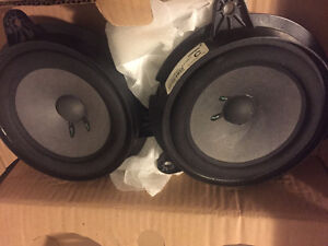 Speakers BOSE for car London Ontario image 1