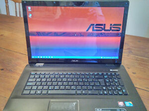 Portable ASUS Laptop K72J  17 pouces inches