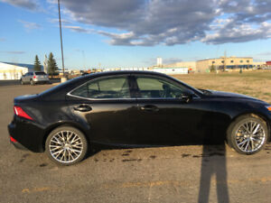 Lexus IS 250 AWD excellent condition