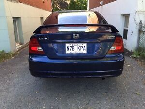 *LOW KM* Honda civic 2002 Coupe *NEGO*