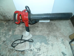 1 Craftsman 12 amp Electric BLOWER/VACUUM/MULCHER with bag