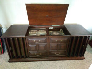 Vintage Zenith Radio   Kijiji in Ontario  - Buy, Sell & Save with