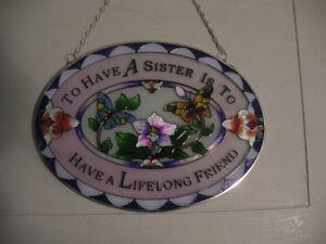 "NEW ""SISTER FRIENDSHIP"" GLASS WALL HANGING FOR SALE"