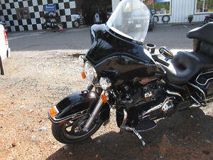 HARLEY DAVIDSON ELECTRA GLIDE CLASSIC VERY LOW MILEAGE Strathcona County Edmonton Area image 7