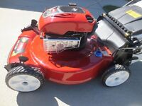 TORO 22'' Personal Pace Self-Propelled Gas Lawn Mower