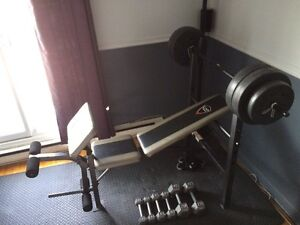 Bench press with weights and dumbbells