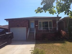 House for Rent with 15 days of free rent with In Law Suite!