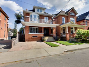 House For Sale! (71 Ontario Avenue, Hamilton, Ontario)