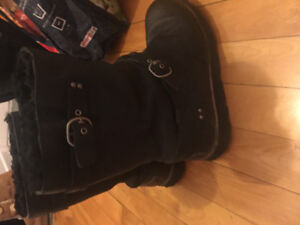 Uggs taille 7 cuir leather