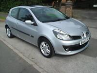RENAULT CLIO 1.5DCI AIR/CON DYNAMIQUE £30 ROAD TAX PANORAMIC SUNROOF READY TO GO