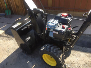 Snowblower like new it is a must see