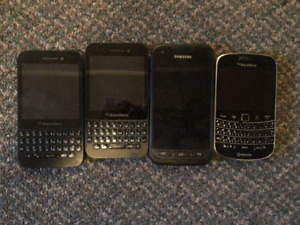 4 old phones from a drawer