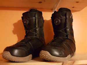 Snowboard boots Size 10 mens