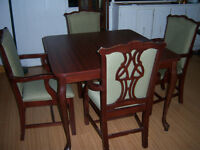 Dining Room Table with 4 arm Chairs