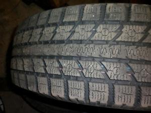 4x Toyo Observe pneus d'hiver bon pour 2-3 hiver 215/70r16