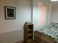 Double room is located at beatiful area in Stoke Newington