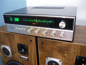 STEREO RECEIVER NORESCO NRQ-235 4 CHANNEL + 12'' Speakers
