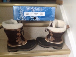 womens size 11 wind river warm winter boots