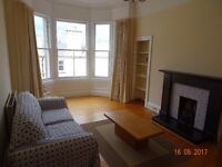 2 bed flat to let Comiston Place, Morningside, EH10