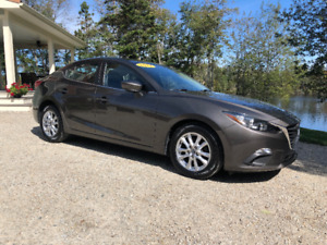 2014 Mazda 3 Sky GS *1 Owner*Dealer Serviced*No Accidents*