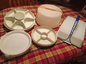 Tupperware serving pieces