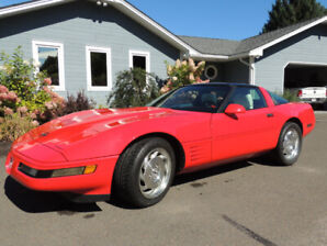 1993 red corvette coupe