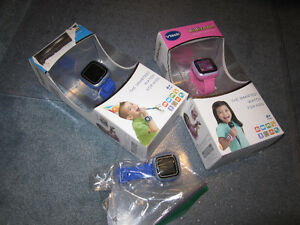 Vtech - Kidizoom Smartwatch - Blue or Pink - English Edition