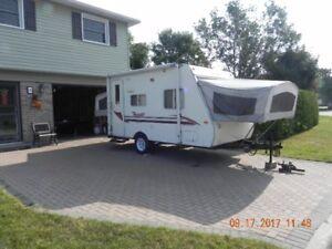 Terry Ultralight hybrid camper/trailer