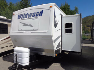 WILDWOOD T25 TRAILER WITH SLIDE
