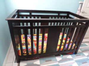 Crib and rails to convert to double bed