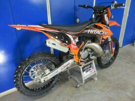 KTM 125 2019 only 56 hours,full HItachi powered by milwakee MX2 graphics package