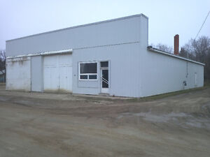 5000 sq. ft. in Quappelle Sk for lease