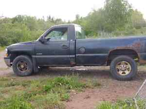 2002 Chev 4x4 truck for sale