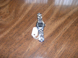 Relic Watch by Fossil Ladies Reduced Price