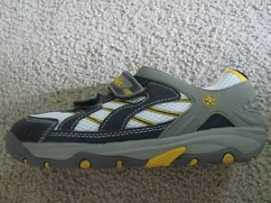 BRANDNEW SWISSIES running shoes US Youth 4 - 4.5