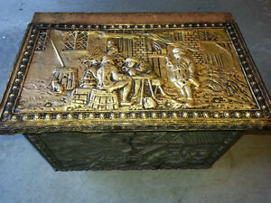 Antique kindling box