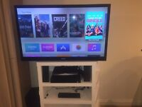 "Sony Bravia 46"" ( KDL - 46NX723) + Cinema Surround Sound + Bracket Excellent Condition"
