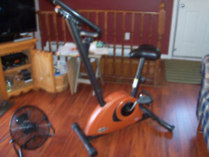 Vélo stationnaire à vendre Sirius fitness