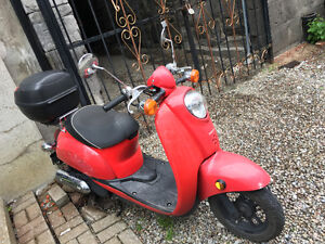 Honda jazz scooter en excellente condition