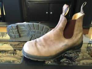 BLUNDSTONE BOOTS - SIZE 10 MENS - LEATHER LINED RUSTIC BROWN