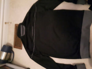Under Armour zip up sweater like new condition