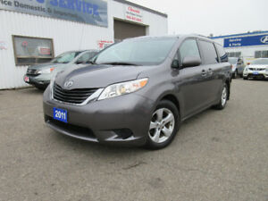 2011 Toyota Sienna V6-ONE OWNER,8 SEATS,R CAM, WARRANTY,$14650